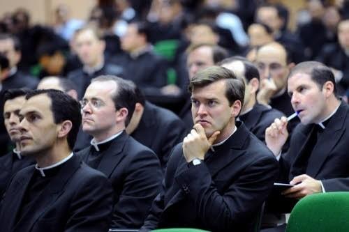 Lors-congres-organise-avril-2010-Rome-Legionnaires-Christ_0_730_333